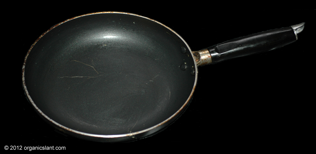 teflon-and-non-stick-cookware-dangers-1024w