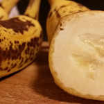 bananas-are-as-beneficial-as-sports-drinks-study-suggestes-1024w
