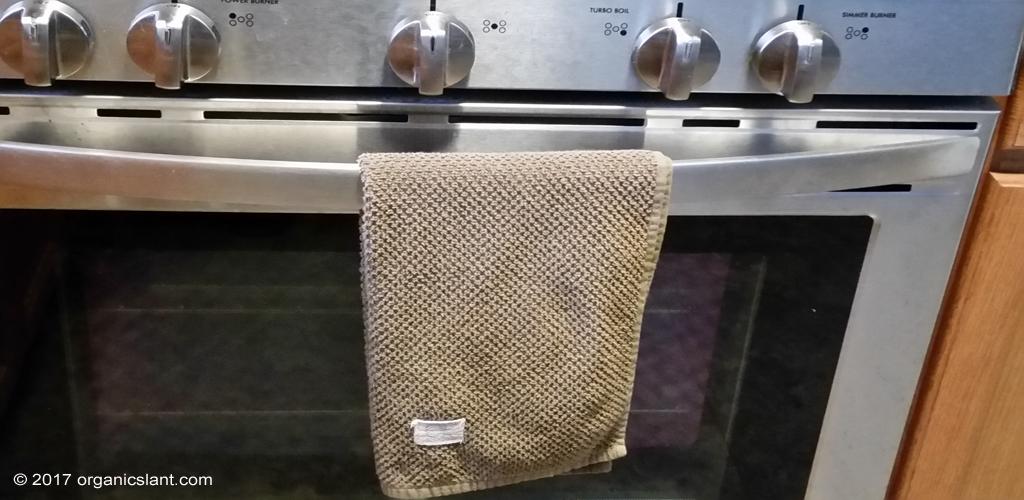 towels-top-kitchen-contamination-hazards-list-1024w